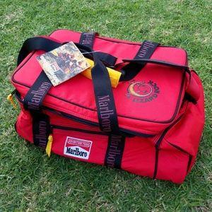 Vintage Marlboro Lizard Rock Cooler Bag Lunch Box